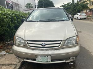 Toyota Sienna 2003 XLE Gold | Cars for sale in Lagos State, Surulere