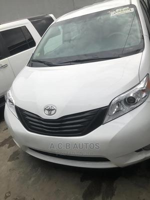 Toyota Sienna 2012 Limited 7 Passenger White | Cars for sale in Lagos State, Ikeja
