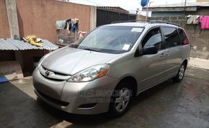 Toyota Sienna 2007 LE 4WD Gold   Cars for sale in Lagos State, Ojo