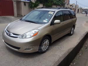 Toyota Sienna 2008 XLE Limited Gold   Cars for sale in Lagos State, Gbagada
