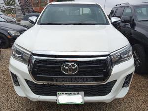 Toyota Hilux 2013 SR 4x4 White | Cars for sale in Abuja (FCT) State, Gwarinpa