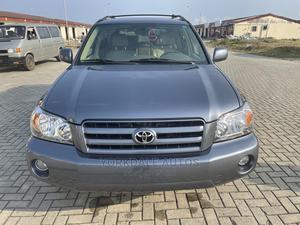 Toyota Highlander 2004 Limited V6 4x4 Blue | Cars for sale in Lagos State, Ajah