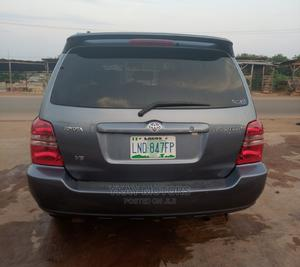 Toyota Highlander 2002 Limited V6 AWD Gray | Cars for sale in Oyo State, Ibadan
