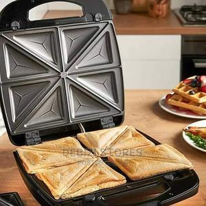 4 Bread Toaster | Kitchen Appliances for sale in Lagos State, Lagos Island (Eko)