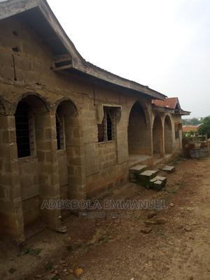 3bdrm Block of Flats in Ogo-Oluwa Estate, Ibadan for Sale   Houses & Apartments For Sale for sale in Oyo State, Ibadan