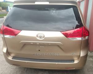 Toyota Sienna 2011 Limited 7 Passenger Gold | Cars for sale in Lagos State, Surulere