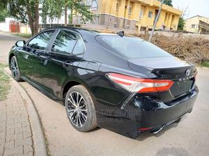 Toyota Camry 2020 SE FWD Black | Cars for sale in Abuja (FCT) State, Wuse 2