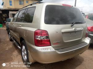 Toyota Highlander 2002 Gold | Cars for sale in Lagos State, Agege