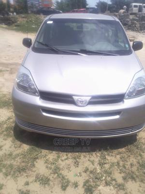 Toyota Sienna 2005 Gray | Cars for sale in Lagos State, Ajah