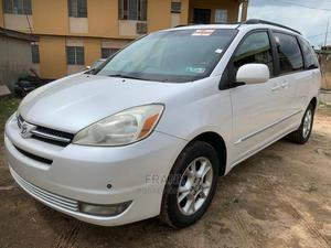 Toyota Sienna 2006 White | Cars for sale in Lagos State, Yaba