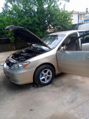 Toyota Camry 2004 Gold | Cars for sale in Abuja (FCT) State, Kubwa