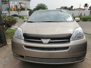 Toyota Sienna 2004 Gold | Cars for sale in Lagos State, Ikeja