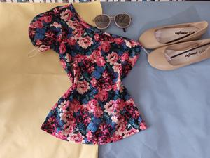 Quality Floral Top   Clothing for sale in Oyo State, Ibadan