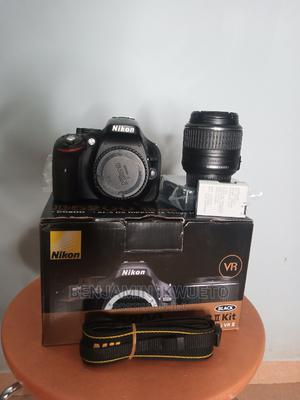 D5200 Nikon Camera With Lens 18-55mm | Photo & Video Cameras for sale in Abuja (FCT) State, Central Business Dis