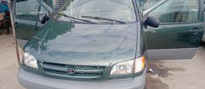 Toyota Sienna 2002 LE Green | Cars for sale in Delta State, Warri