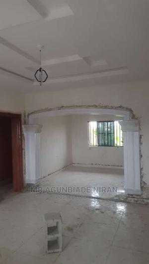 Furnished 2bdrm Block of Flats in Adelaja Estate, Ibadan for Rent | Houses & Apartments For Rent for sale in Oyo State, Ibadan
