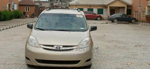 Toyota Sienna 2008 LE Gold   Cars for sale in Lagos State, Surulere