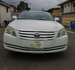 Toyota Avalon 2006 XL White | Cars for sale in Lagos State, Ikeja