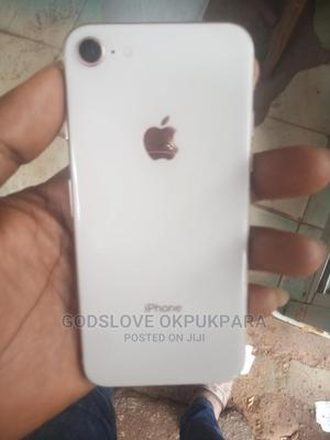 Apple iPhone 8 64 GB Gold   Mobile Phones for sale in Abuja (FCT) State, Wuse
