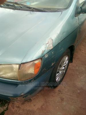 Toyota Sienna 2002 LE Green | Cars for sale in Edo State, Benin City