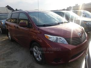 Toyota Sienna 2012 XLE 8 Passenger Red   Cars for sale in Lagos State, Amuwo-Odofin