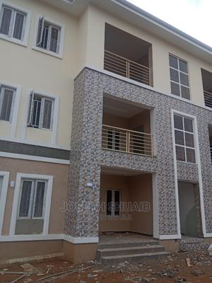 Furnished 3bdrm Block of Flats in Kapwa, Lugbe District for Rent | Houses & Apartments For Rent for sale in Abuja (FCT) State, Lugbe District