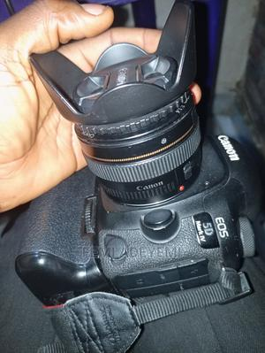 Canon 5D Mark IV With 50mm F1.4, 2 Batteries With Battery Gr   Photo & Video Cameras for sale in Lagos State, Yaba