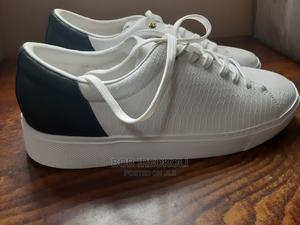 Used Original White Zara Mens Sneakers (Size 45) | Shoes for sale in Abuja (FCT) State, Central Business District