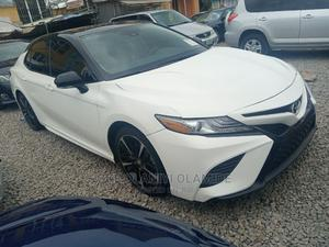 Toyota Camry 2019 White | Cars for sale in Abuja (FCT) State, Garki 2