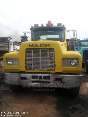 Mack R Model Normal 24 Valve Engine   Trucks & Trailers for sale in Abia State, Aba North
