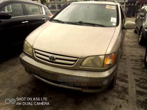 Toyota Sienna 2002 Gold   Cars for sale in Lagos State, Ikeja