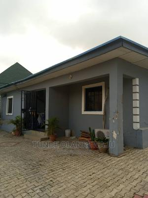 Furnished 3bdrm Bungalow in Global Estate, Mbora for sale | Houses & Apartments For Sale for sale in Abuja (FCT) State, Mbora