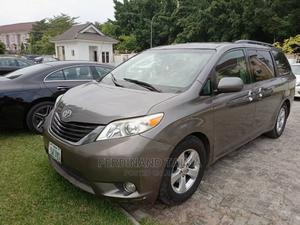 Toyota Sienna 2011 LE 7 Passenger Gray   Cars for sale in Abuja (FCT) State, Jabi