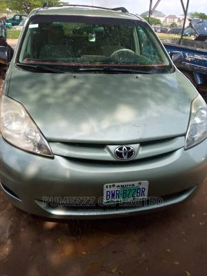 Toyota Sienna 2006 LE AWD Green | Cars for sale in Abuja (FCT) State, Apo District