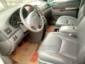 Toyota Sienna 2005 XLE AWD Blue | Cars for sale in Lagos State, Ikeja