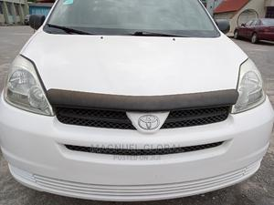 Toyota Sienna 2007 LE 4WD White | Cars for sale in Lagos State, Ikeja