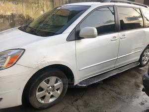 Toyota Sienna 2008 XLE White | Cars for sale in Lagos State, Gbagada