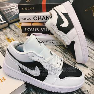 New Nike Air Jordan 01 Low (Black / White)   Shoes for sale in Lagos State, Lagos Island (Eko)