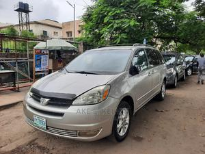 Toyota Sienna 2005 LE AWD Silver   Cars for sale in Lagos State, Amuwo-Odofin