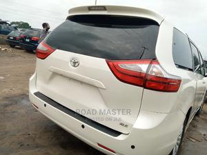 Toyota Sienna 2017 White | Cars for sale in Lagos State, Ojo