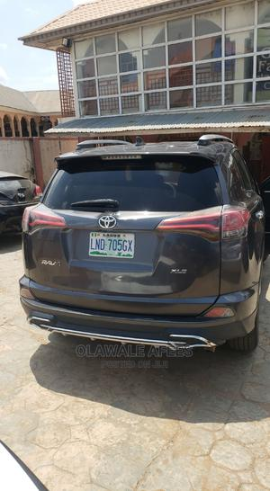 Toyota RAV4 2016 XLE AWD (2.5L 4cyl 6A) Gray | Cars for sale in Oyo State, Oluyole