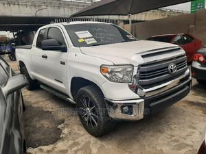 Toyota Tundra 2014 White   Cars for sale in Lagos State, Surulere