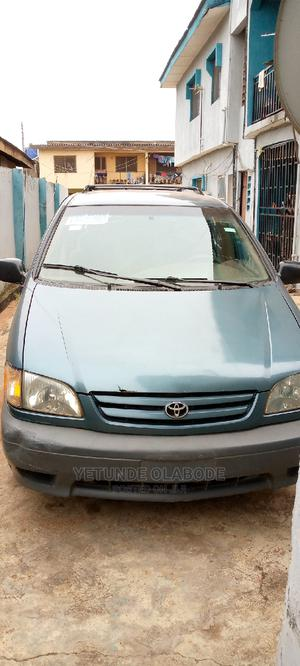 Toyota Sienna 2003 LE Green | Cars for sale in Lagos State, Abule Egba