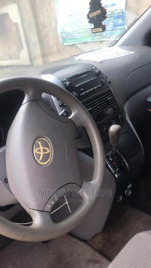 Toyota Sienna 2009 LE Gray   Cars for sale in Lagos State, Gbagada