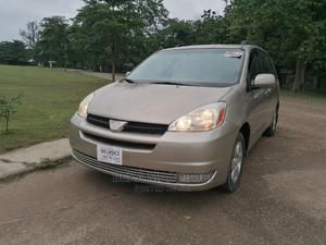 Toyota Sienna 2004 XLE FWD (3.3L V6 5A) Gold | Cars for sale in Lagos State, Yaba