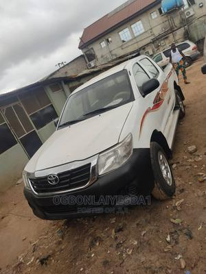 Toyota Hilux 2015 SR5 4x4 White | Cars for sale in Lagos State, Ojo