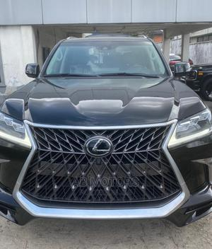 Lexus LX 2017 570 AWD Black | Cars for sale in Lagos State, Surulere