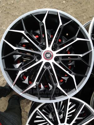 Latest Alloy Rim 19 for Vensa and Rx 350 Lexus | Vehicle Parts & Accessories for sale in Lagos State, Mushin