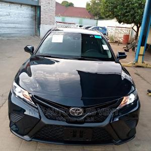 Toyota Camry 2018 SE FWD (2.5L 4cyl 8AM) Black | Cars for sale in Abuja (FCT) State, Kubwa