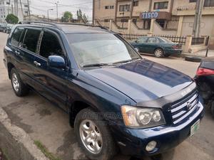 Toyota Highlander 2004 Base FWD Blue | Cars for sale in Lagos State, Ikeja